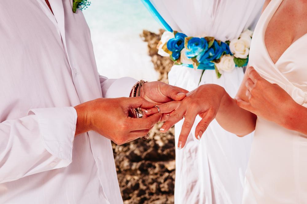 海外での結婚式に関する豆知識!メリット・デメリット