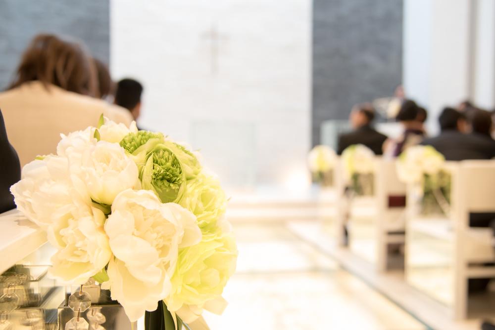 ハワイの結婚式に参列する際の服装と靴はどうしたらいい?